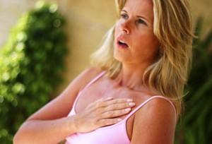 боль в груди, боли животе груди, симптом боли груди, боли груди дышишь