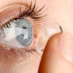 Повышают ли контактные линзы риск COVID-19?